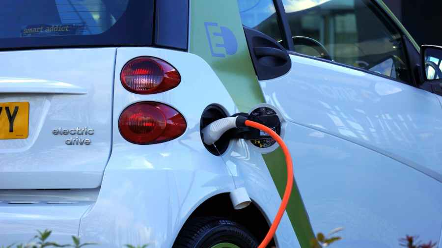 Subsidies for hybrid car in Switzerland did not create a rebound effect
